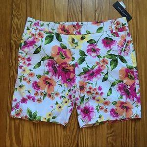 Tropical Floral 🌴 Resort Shorts!